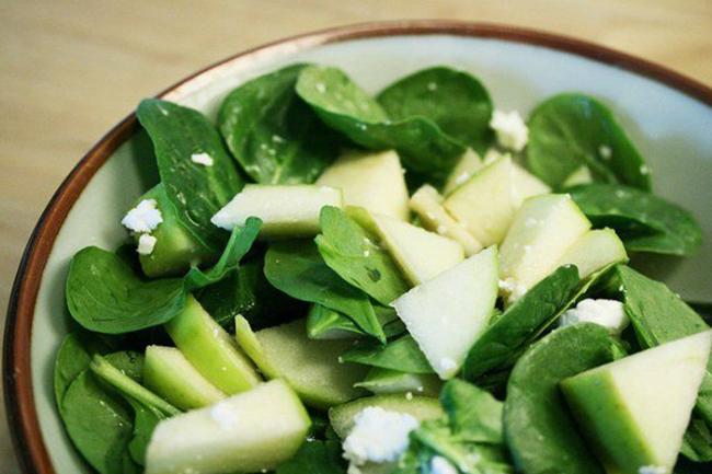 Insalata spinacino e mele